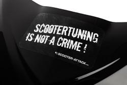 Scootertuning is not a crime tarra, valkoinen