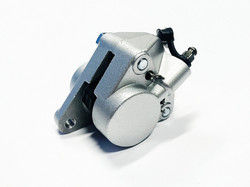 Novascoot etujarrusatula AJP, Derbi/Yamaha/Peugeot