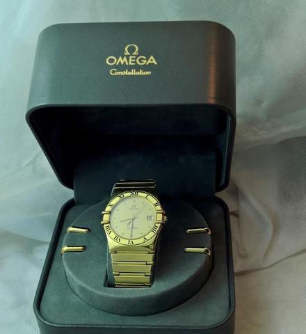 Omega Constellation Chronometer alkuperäisellä 18ct kultaisella rannekkeella