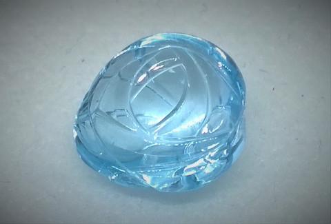 Käsin hiottu fancy hiontainen topaasi, sky blue 11,4ct