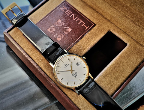 Zenith Finlandia Gold, uutta vastaavassa kunnossa