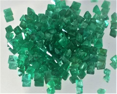 Smaragdi 2,2  x 2,2   mm