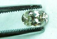 timanttimainen zirconi 4,5 x 3,5mm / VVS