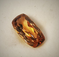 Imperial topaz 16mm