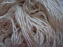 Merino/silkkilanka 50/50 %, valkoinen