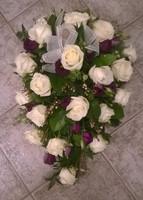 Valkoinen ruusu, lila eustoma