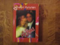 Lasinyrkki, Evelyn Hynynen