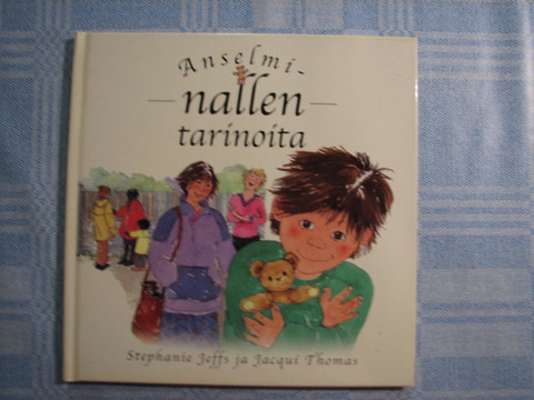 Anselmi-Nallen tarinoita, Stephanie Jeffs, Jacqui Thomas