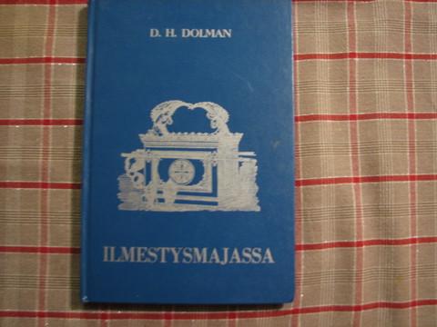 Ilmestysmajassa, D.H.Dolman, d3