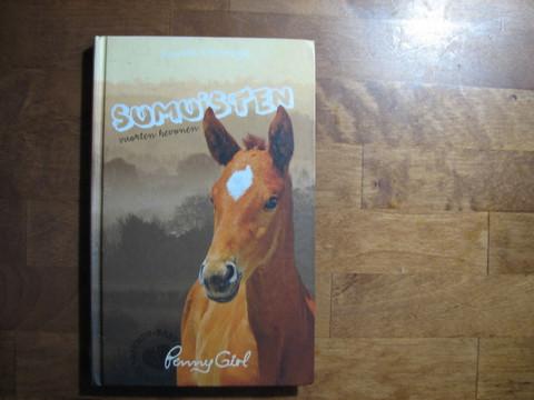 Sumuisten vuorten hevonen, Pamela Kavenagh