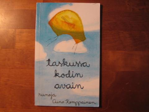 Taskussa kodin avain, Aino Kemppainen