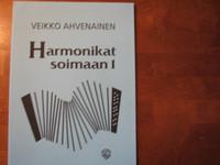 Harmonikat soimaan 1, Veikko Ahvenainen