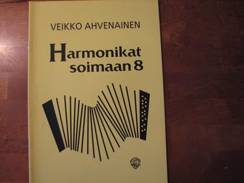 Harmonikat soimaan 8, Veikko Ahvenainen