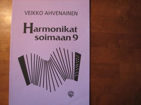 Harmonikat soimaan 9, Veikko Ahvenainen
