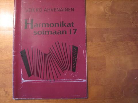 Harmonikat soimaan 17, Veikko Ahvenainen