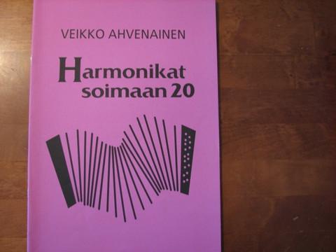 Harmonikat soimaan 20, Veikko Ahvenainen
