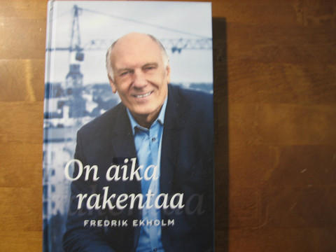 On aika rakentaa, Fredrik Ekholm, d2