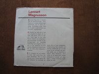Lennart Magnusson sjunger gamla läsarsånger till dragspel