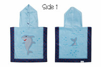 FlapJackKids Kaksipuolinen Vauvan ponchopyyhe hupulla (Shark/Nautical)