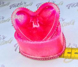 Sydämen muotoinen koru/koriste rasia kannella