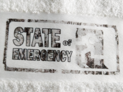 State of Emergency - Käsipyyhe