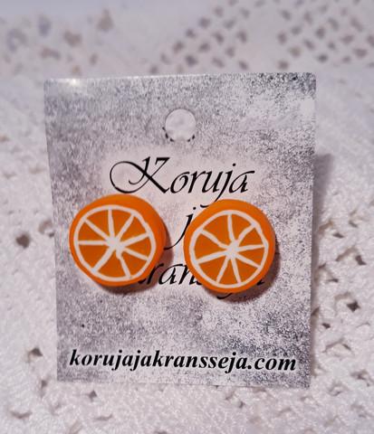 Appelsiini nappikorvakoru