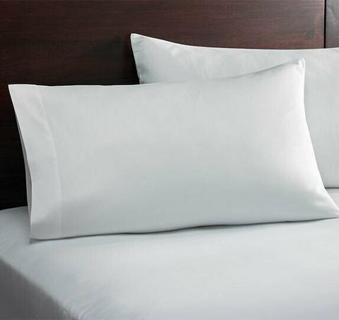 Hotellin tyynyliina 40x80cm 10 kpl 1,39€ kpl.