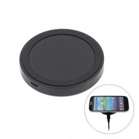 Langaton latausasema IPhoneen ja Samsungiin Ale-hinta 3,54€