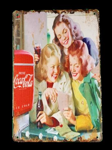 Nostalgisia Coca-Cola peltitauluissa 25kpl 2,50€ kpl. Lajitelma 3