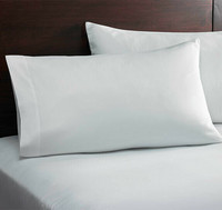 Hotellin tyynyliina 40x80cm 10 kpl 1,39€ kpl. Ale-hinta 0,83€ kpl