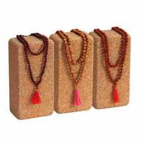 Mala santelipuu koru vaaleanpunaisella tupsulla, 108 helmeä