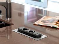 Pistorasia SAVO Voltti Basic RST/musta USB 80790
