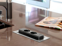 Pistorasia SAVO Voltti Basic musta USB 80796