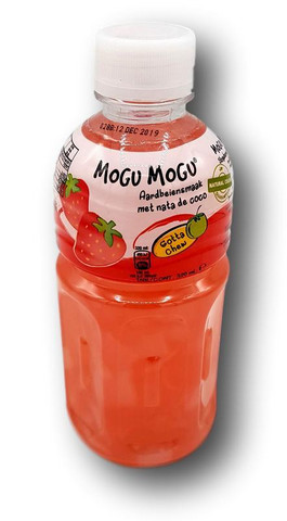 Strawberry flavored drink with coconut jelly