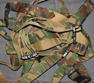 Taisteluvyö, Maastokuvioitu, 50mm, hollannin armeija.