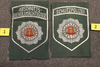 DDR, Volkspolizei, kansanpoliisin kangasmerkit.