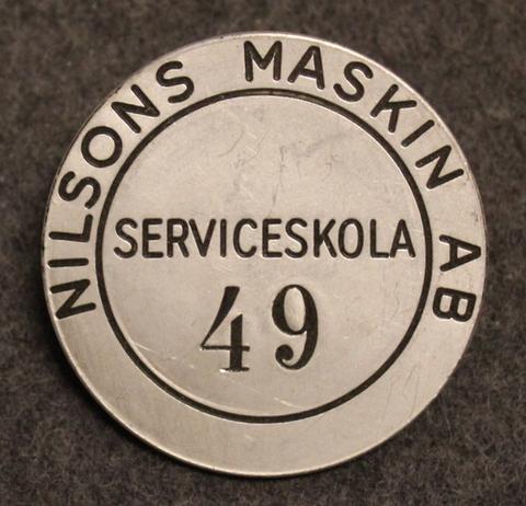 Nilsons Maskin AB, Serviceskola.