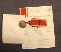 Medal of Liberty 2nd class 1941 + document + pouch