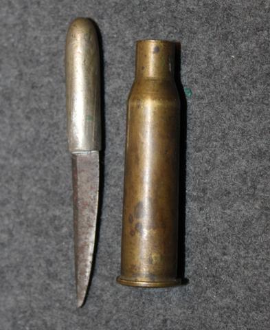1918 Vapaustaistelu, hylsyyn tehty puhdetyöpuukko.