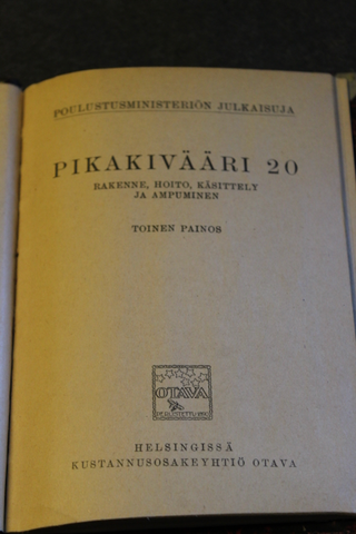 Finnish Army M/20 machine gun manual. 1924