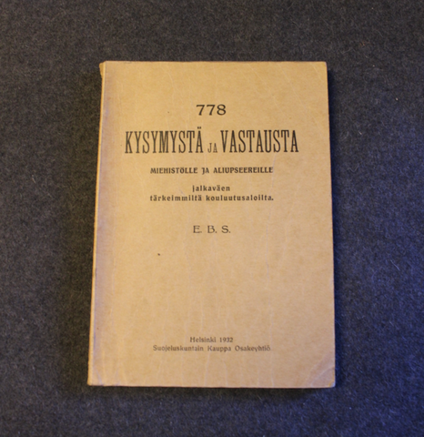 778 questions and answers for enlisted men and NCOs from the most important training branches of infantry.