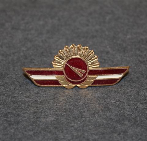 Latavio / Latvian Airlines, pilotin merkki.