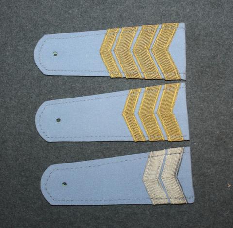 Soviet shoulder boards, gray base color.