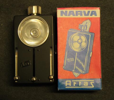 DDR, Artas Narva 2234 taskulamppu, laatikossaan käyttämätön.