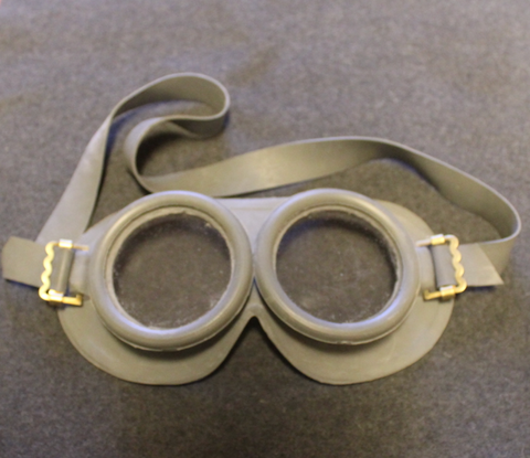 Swedish protective goggles. issued.