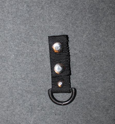 D-lenkki, nylon / muovi, 50mm vyölle.