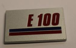 E 100 kilpi