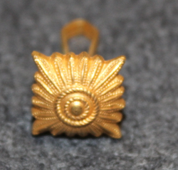 Danish rank insignia ( gradstegn ), square 12mm