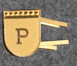 Sveitsin poliisi, lakkimerkki, P
