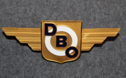 DBO, A/S De Blå Omnibusser, Norwegian bus company. Drivers cap badge.  LAST IN STOCK